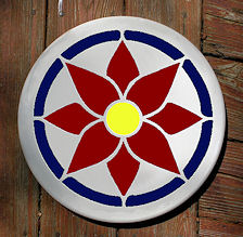 red and blue daisy mosaic