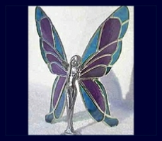 purple and blue butterfly wings